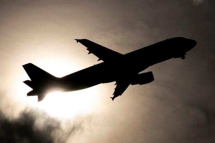 Obvian el veto alemán y mantienen vuelos a Canarias